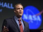 У NASA заявили, що місія Crew Dragon є лише початком: попереду подорож на Місяць