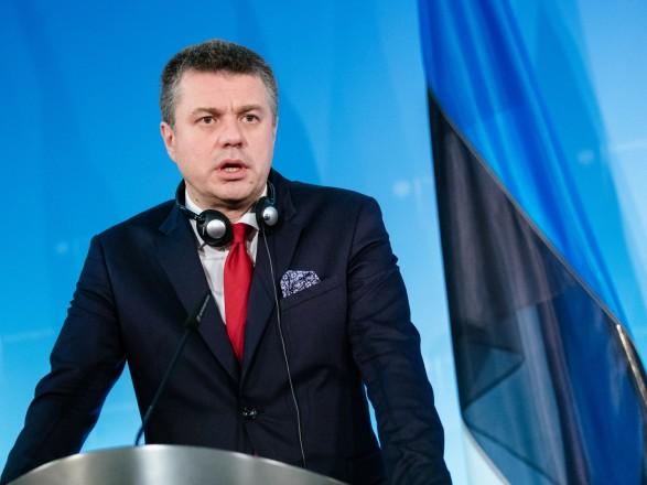 После нарушения украинцами карантина в Эстонии - глава МИД страны также поддержал идею депортации