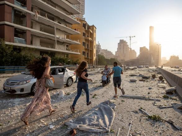 """Взрыв в Ливане: армия Израиля заявила, что пришло время """"отложить конфликт"""", Иерусалим предложил помощь"""