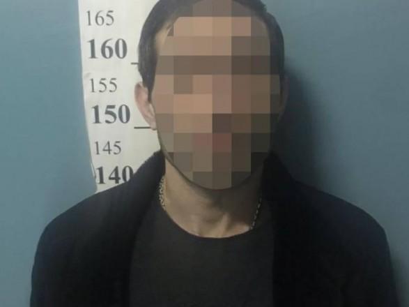 В столичном Гидропарке иностранец устроил стрельбу и ранил человека