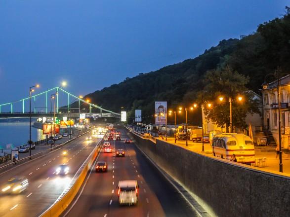 В столице уровень интенсивности транспорта на дорогах вырос почти на 7%