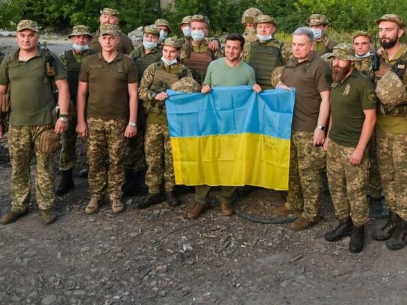 """Зеленський розповів, як планує остаточно закрити """"кейс війни"""" на Донбасі"""