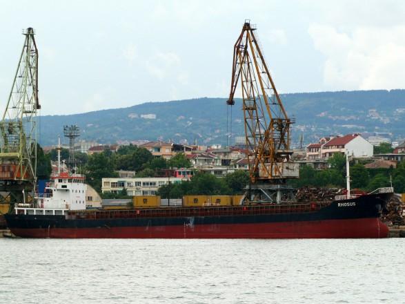 Взрыв в Ливане: судно, груз которого взорвался - затонуло в 2018 году в порту Бейрута