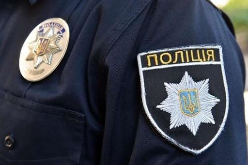 В Хмельницкой области мужчина на почве ревности ударил оппонента топором по голове