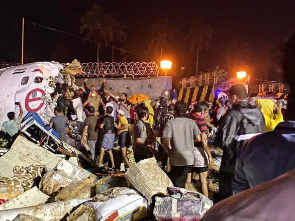 Авиакатастрофа в Индии: число жертв возросло до 20 человек