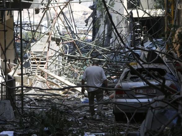 Взрыв в Ливане: Трамп направил в Бейрут три самолета с помощью