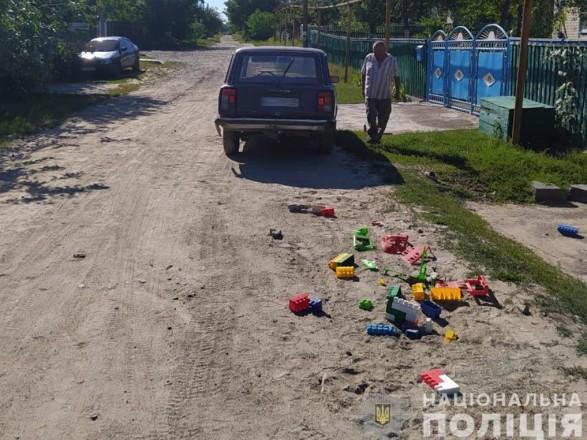 В Житомирской области пьяный водитель сбил двух малолетних детей