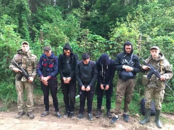 На Буковине задержали четырех студентов-нелегалов из Алжира