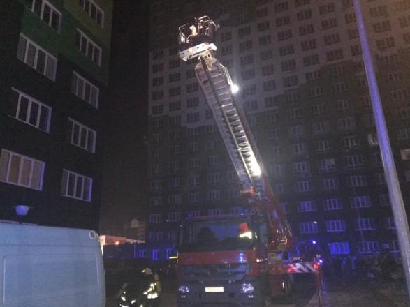 В Одессе из-за пожара в 20-этажном доме эвакуировали людей