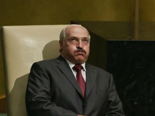 """Лукашенко заявил, что вокруг него создают """"подленькое"""" настроение"""