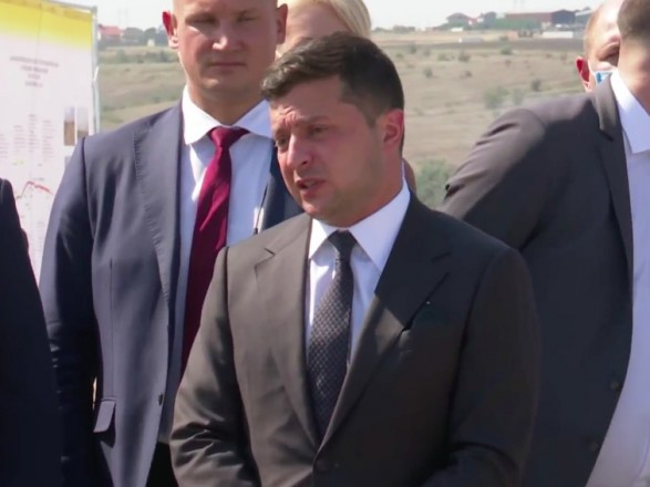 Зеленский о строительстве дорог в Николаевской области: хочется сказать что-то плохое - не могу