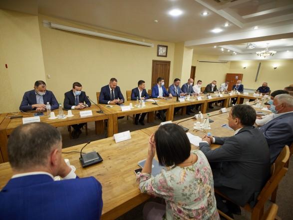 Зеленский провел встречу с предпринимателями Кировоградской области
