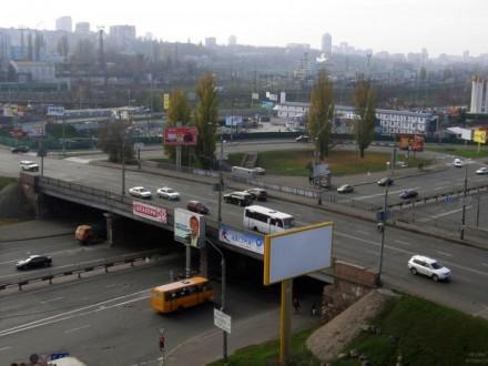 В Киеве начался ремонт путепровода на Воздухофлотском проспекте