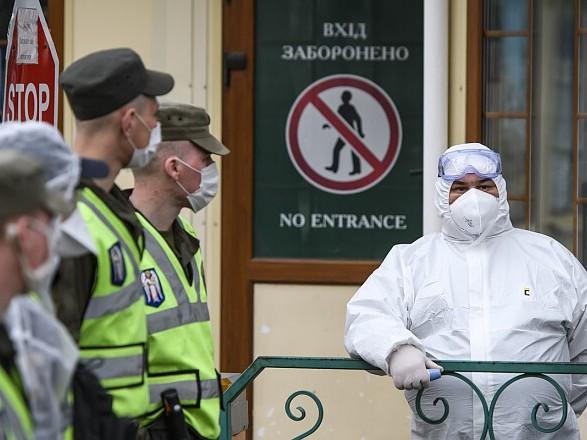 От сегодня в Украину запрещен въезд иностранцам из-за коронавируса: постановление Кабмина