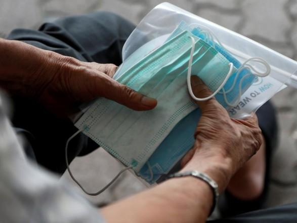 Киевлянам сообщили, где можно избавиться от использованных масок и перчаток