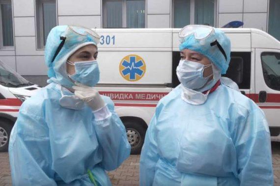 В Киеве за две недели увеличилось количество больных COVID-19 среди медиков