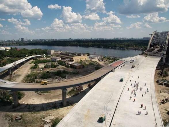 Кличко рассказал, как идет строительство Подольско-Воскресенского мостового перехода