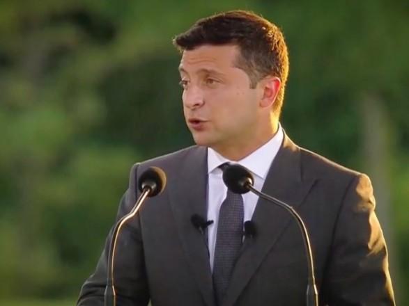 Зеленский поделился видео из рабочей поездки в Харьковскую область