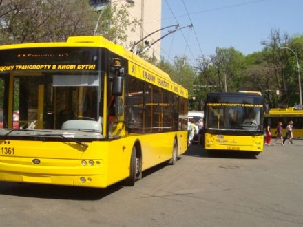 В столице временно закрыли движение троллейбусов по проспекту Соборности
