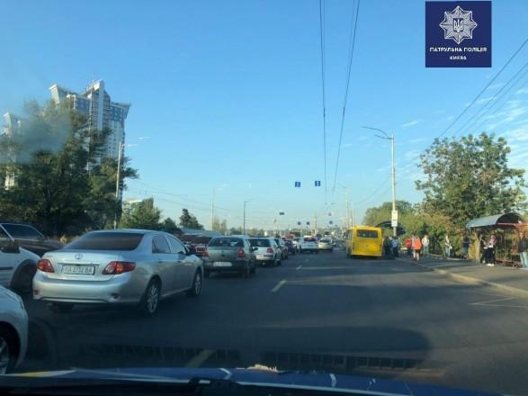 Ремонт моста Патона спровоцировал осложнение движения на левом берегу Киева