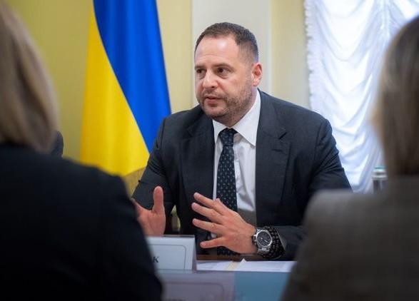 Ермак заявил о договоренности о доступе Красного Креста в ОРДЛО для ускорения процесса обмена