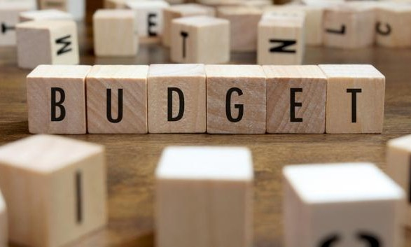 Бюджет-2021 внесли в Раду