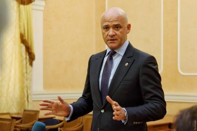 """Нардеп обвинил Труханова в """"дерибане"""" земли"""