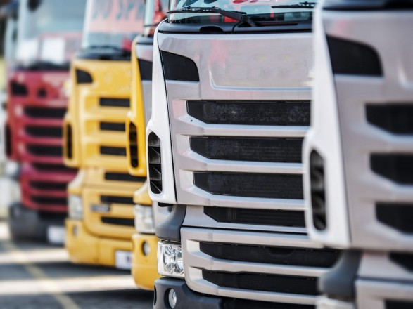 Кабмин поддержал продолжение проекта с электронными накладными для грузовых перевозок