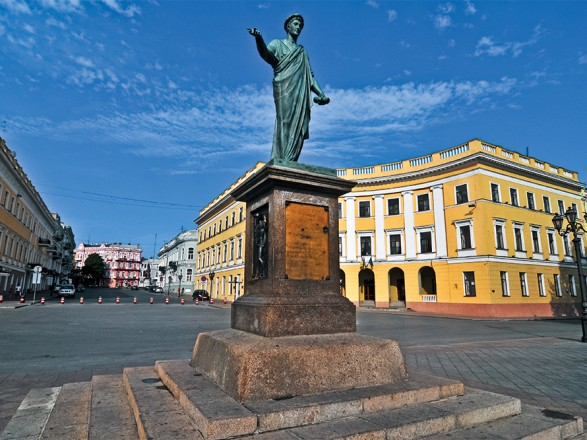 Лидером рейтинга по строительству рисковых объектов недвижимости стала Одесса