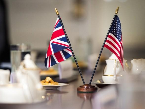 США і Велика Британія у спільній заяві засудили отруєння Навального –  новини на УНН | 18 вересня 2020, 09:20