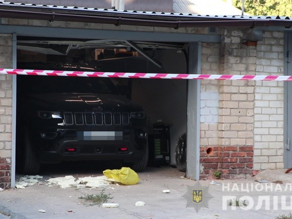 В Харькове мужчина подорвал себя в автомобиле