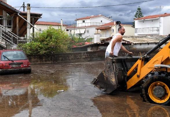 """В результате циклона """"Янос"""" в Греции погибли по меньшей мере 2 человека"""
