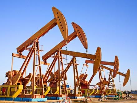 Мировые цены на нефть поднялись