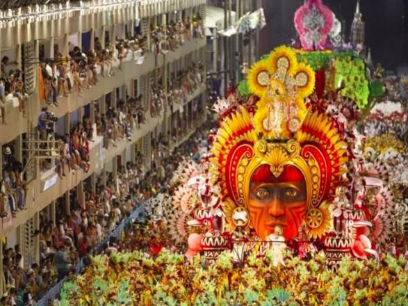 Карнавал в Рио-де-Жанейро перенесли из-за пандемии