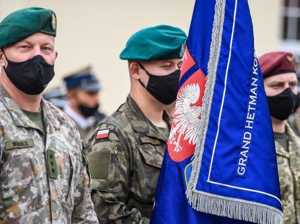 """Таран назвал cовместнe. бригаду Литвы, Польши и Украины """"четким сигналом Кремлю"""""""