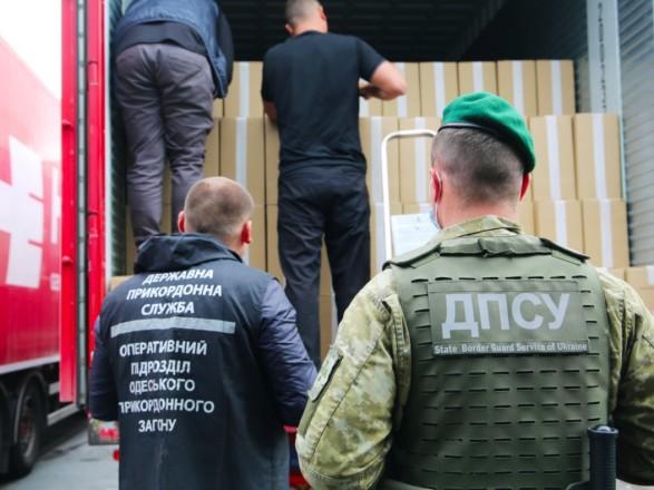 Из Одессы в Европу пытались вывезти белорусских сигарет на более 80 млн гривен