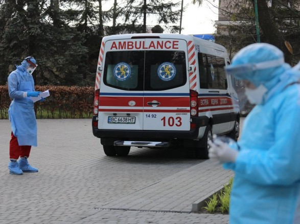 В Украине уже 239 тыс. случаев COVID-19, за сутки антирекорд - 4 753