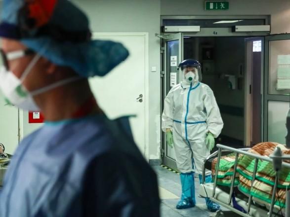 Польша также фиксирует антирекорд: за сутки - 5300 случаев COVID-19