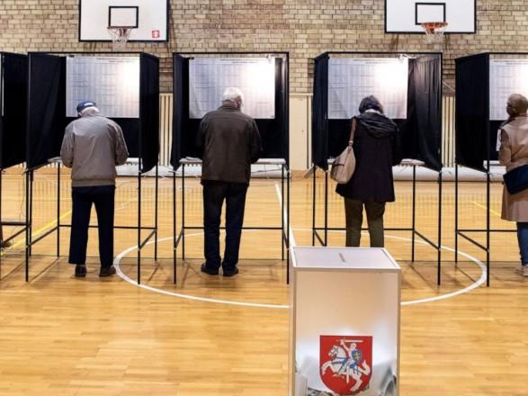 В Литве на выборах лидируют оппозиционные консерваторы
