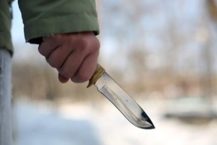 В столице напали с ножом на ветерана ООС, он в реанимации
