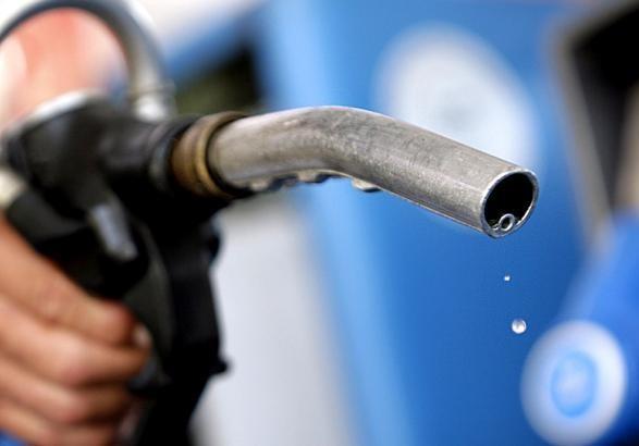 Бензин и дизель за год подешевели, автогаз - вырос в цене