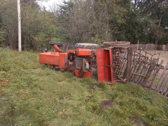 Во Львовской области погиб тракторист