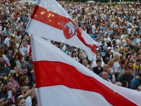 """""""Партизанский марш"""": на воскресной акции в Минске начались задержания"""