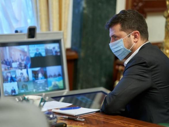 """Глава ВР подписал постановление об """"антиковидном"""" штабе во главе с Зеленским"""