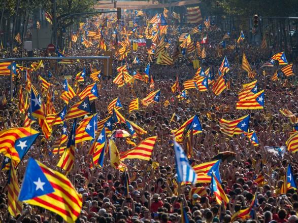 """Испанский суд считает, что Россия была готова предоставить Каталонии """"10 тысяч солдат и политическую поддержку"""""""