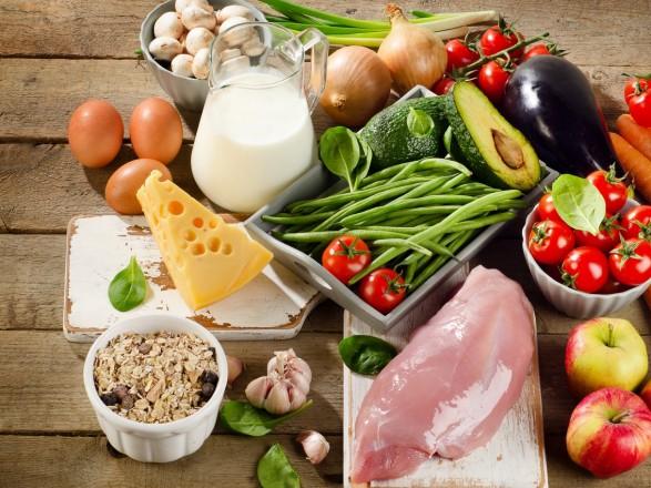 Сырой хлеб и муха в курятине: украинцам рассказали, как защищать свои права на качественную еду