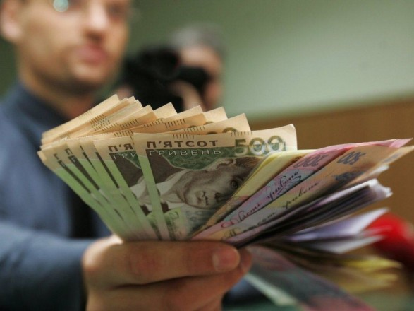Шмыгаль: средняя зарплата в сентябре выросла до нынешнего максимума