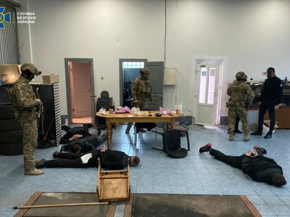 На Закарпатті викрили на хабарях посадовців криміналістичного центру МВС