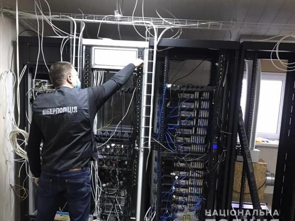Пиратство в Кировоградской области: мужчина нанес телеканалам более 7 млн грн убытков
