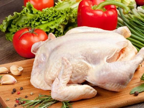 """Муха в курятине: супермаркет """"РОСТ"""" разбирается в ситуации"""